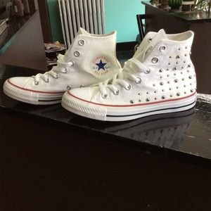 White Converse Chuck Taylor NWOT